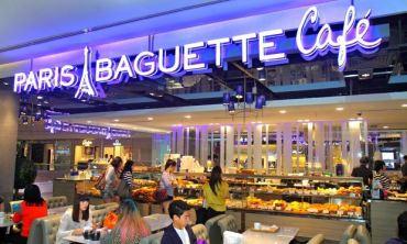 Paris Baguette cafe in Singapore
